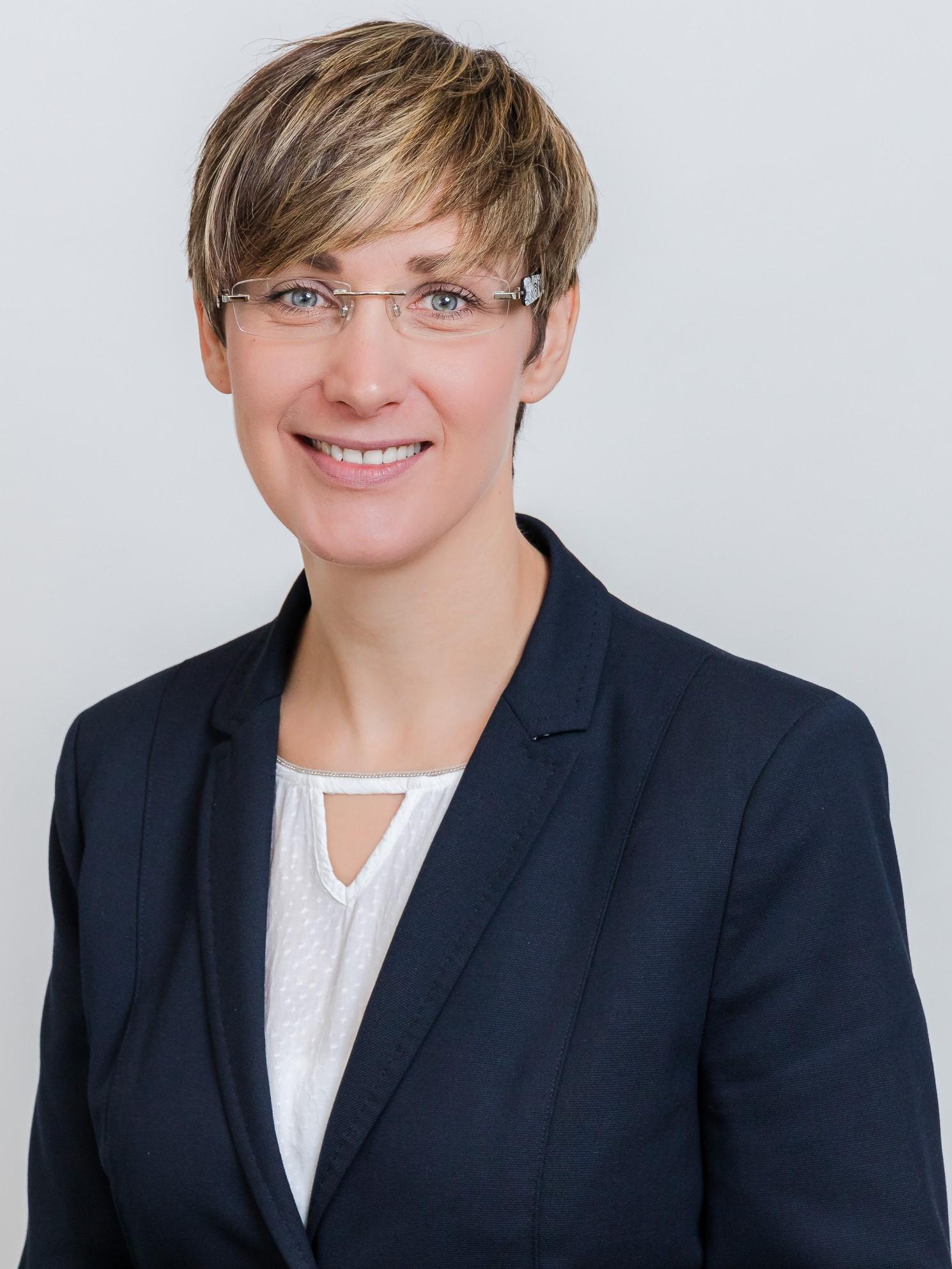 Christina Häuser - Von Poll Finance Hochtaunuskreis