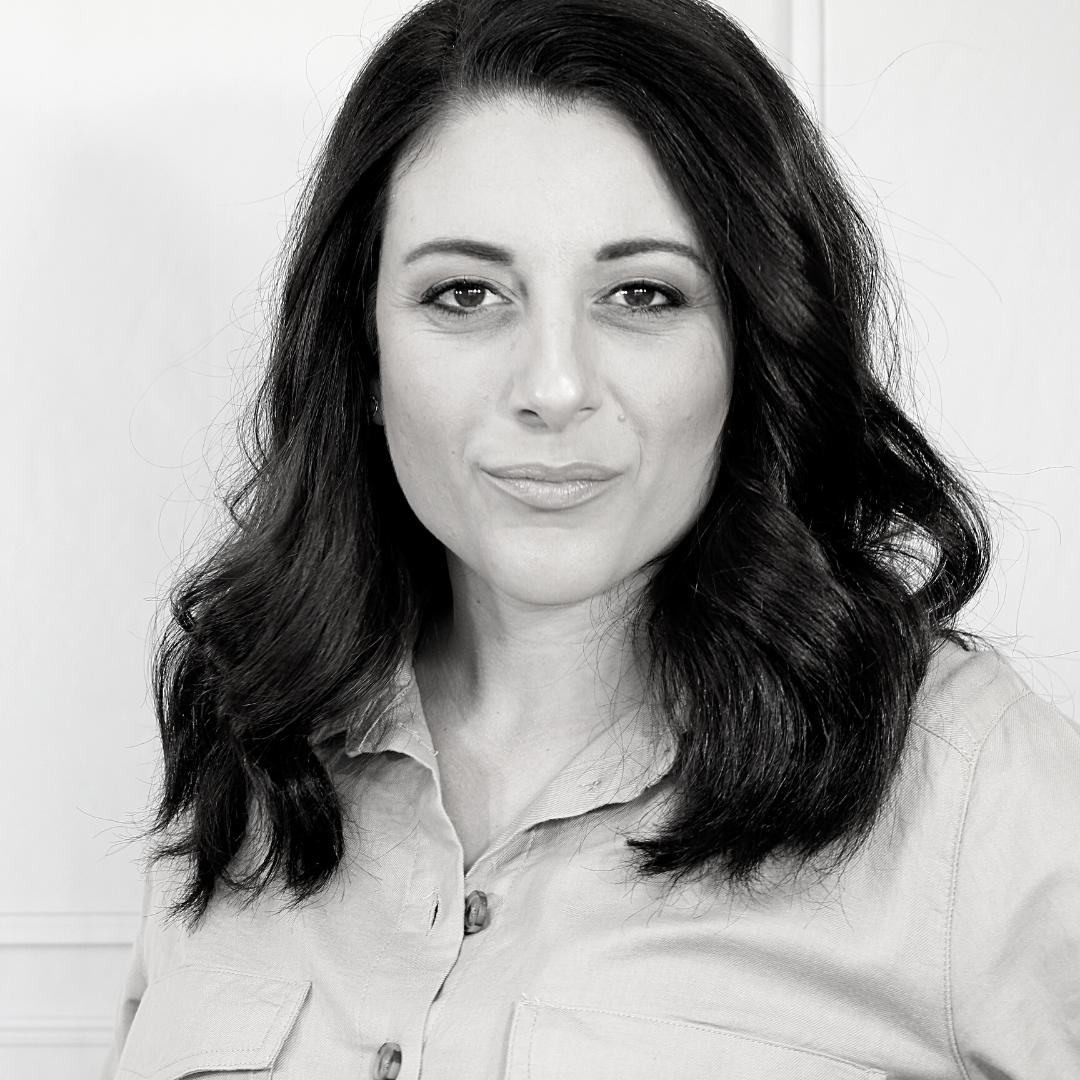 Carmen Debono | Free 15 Minute Phone Consultation Booking Page