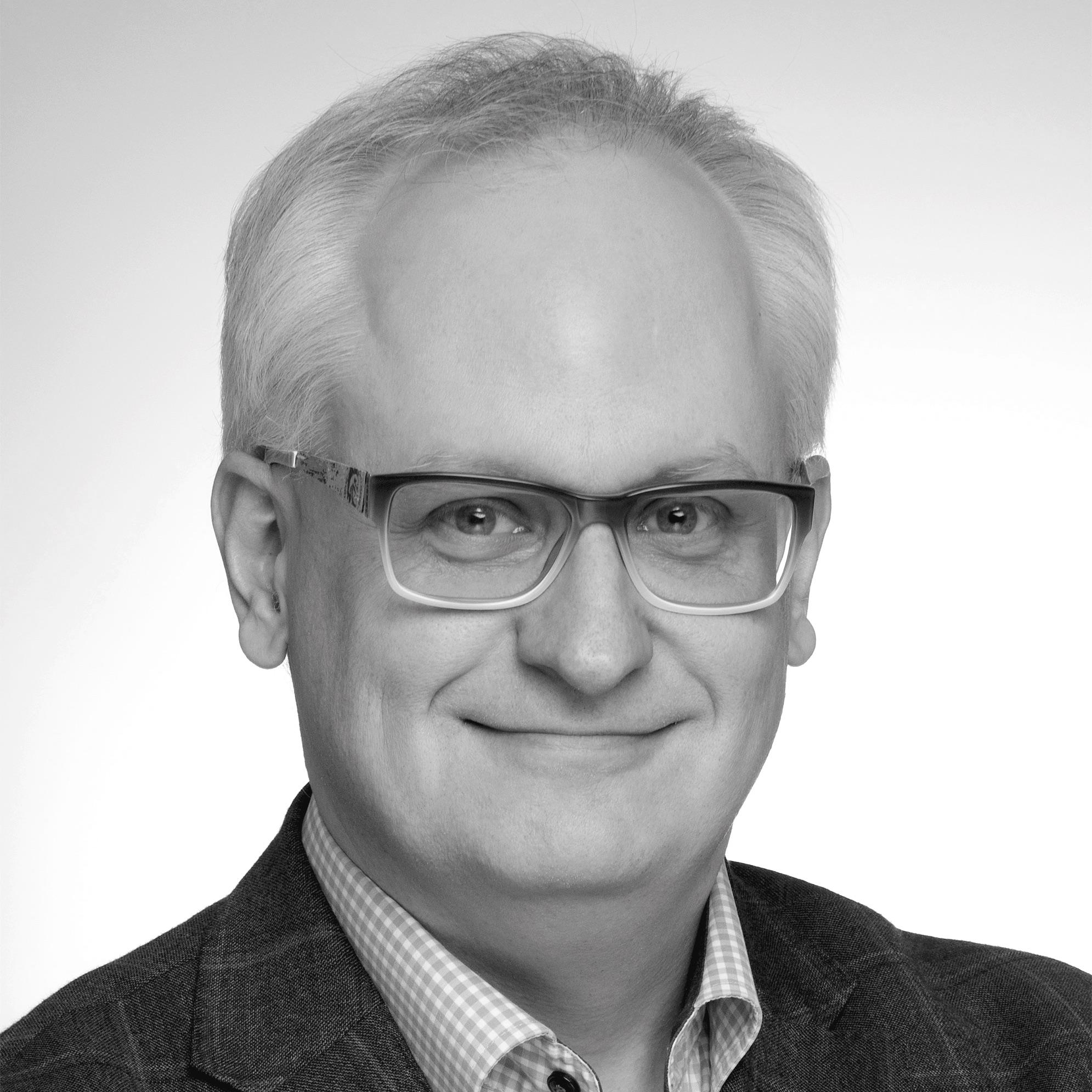 Advisory BoxMarcin Kolczyński