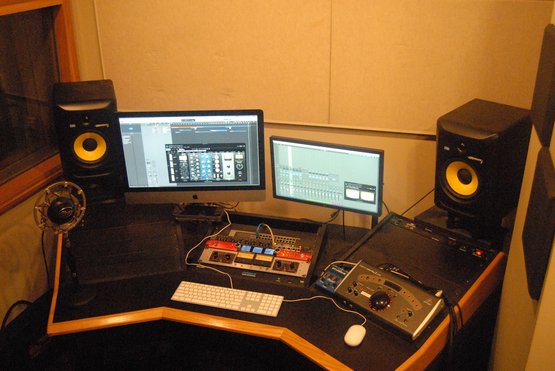 School of Music Industry, Recording Studio E (CM 428i)